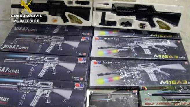 Guardia Civil detecta la distribución de productos ilícitos en varios comercios