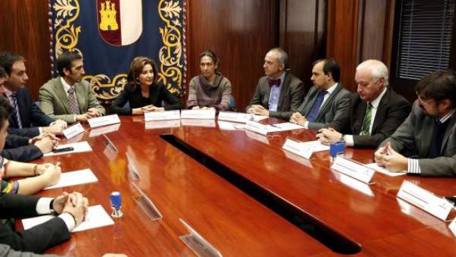 García de la Calzada firma convenios con Ayuntamientos