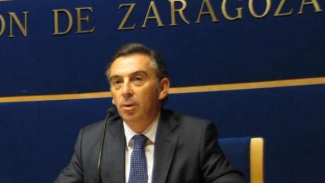 El presidente de la DPZ, Luis María Beamonte, en rueda de prensa en Diputación
