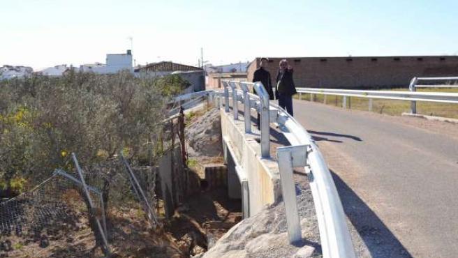 Lorite (izda.) con el alcalde de Fuente Carreteros