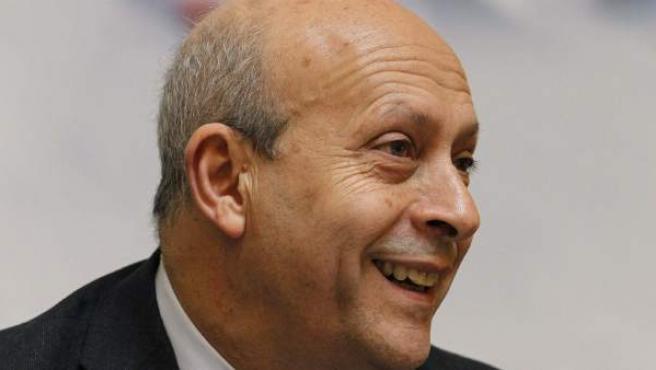 El ministro de Educación, José Ignacio Wert, durante la clausura de la conferencia anual de la Asociación de Editores de Diarios Españoles (AEDE).