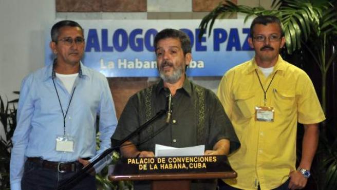 Luís Alberto Galán, negociador de las FARC, en las conversaciones de paz con el gobierno de Colombia.