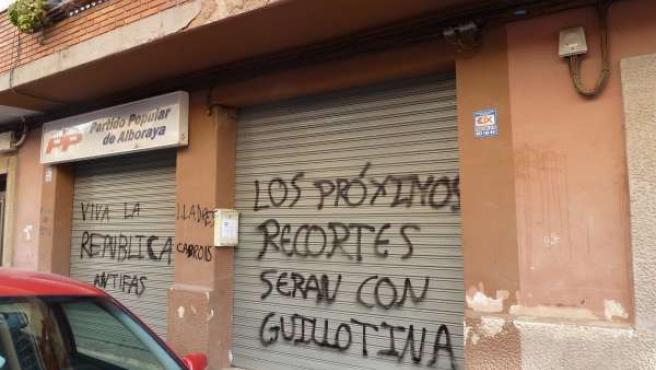 Pintada aparecida en la sede del PP en Alboraya (Valencia)