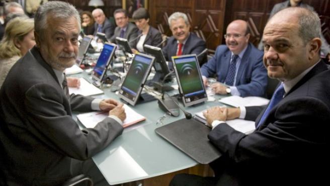 José Antonio Griñán y Manuel Chaves, en una imagen de archivo.