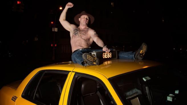 'Darek', uno de los taxistas que posan para el calendario