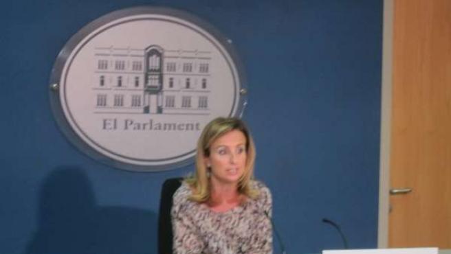Mabel Cabrer en rueda de prensa