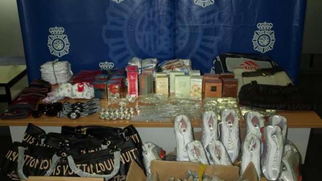 La Policia desarticula una organizacion dedicada a distribuir productos falsos