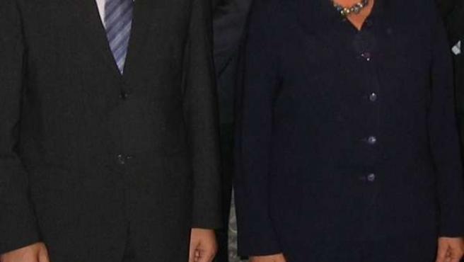 Sanz y Bachelet durante un viaje institucional en 2006