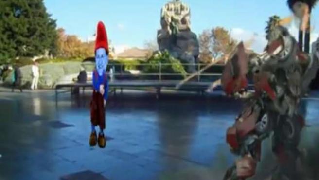 Fotograma del vídeo en el que un robot dispara a Mariano Rajoy