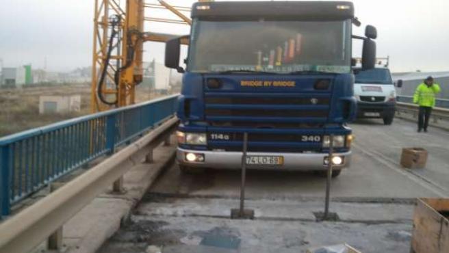 Obras de reparación del puente de Castejón, en la carretera N-133