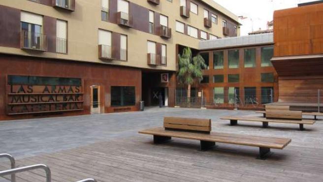 Centro Cultural De La Calle Las Armas De Zaragoza