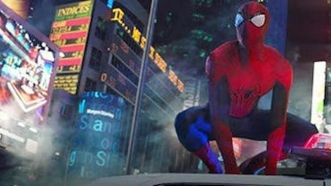 Vídeo: Spider-Man se prepara para Nochevieja