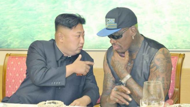Kim Jong-un, con Dennis Rodman en Pyongyang.
