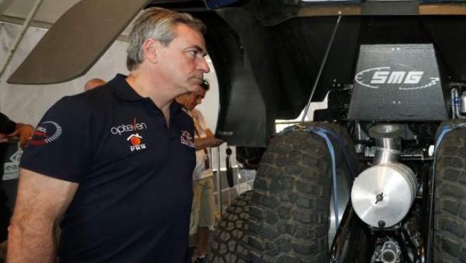 Carlos Sainz antes de la disputa del Dakar.