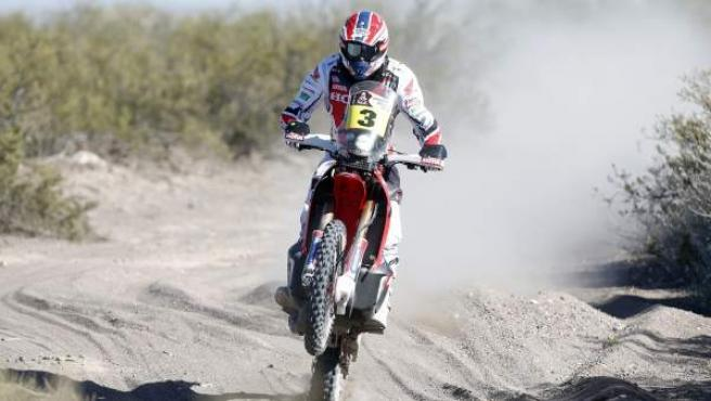 El piloto español Joan Barreda Bort en acción en la segunda etapa del rally Dakar 2014.