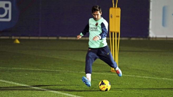 El argentino Messi, realizando un entrenamiento.