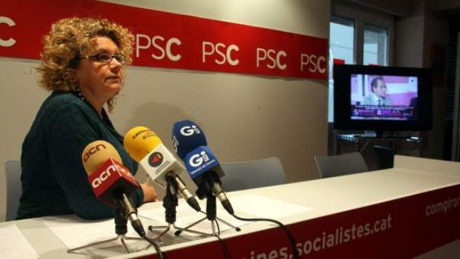 La exconsellera Marina Geli escuchó nuevamente los insultos del periodista García Serrano durante la rueda de prensa convocada para valorar la sentencia.