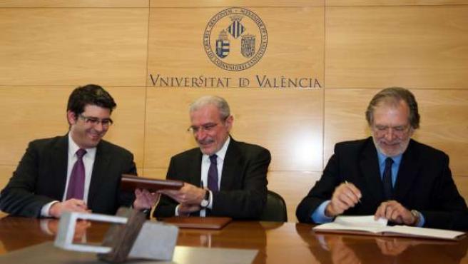 La Universitat implantará en Ontinyent estudios de Educación Física