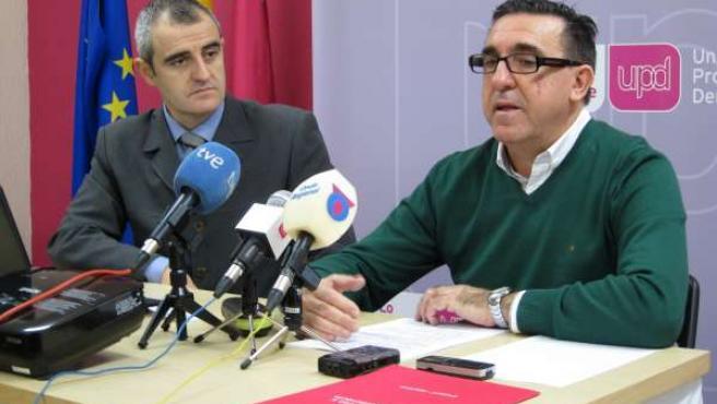 Rafael Sánchez y César Nebot de UPyD en rueda de prensa