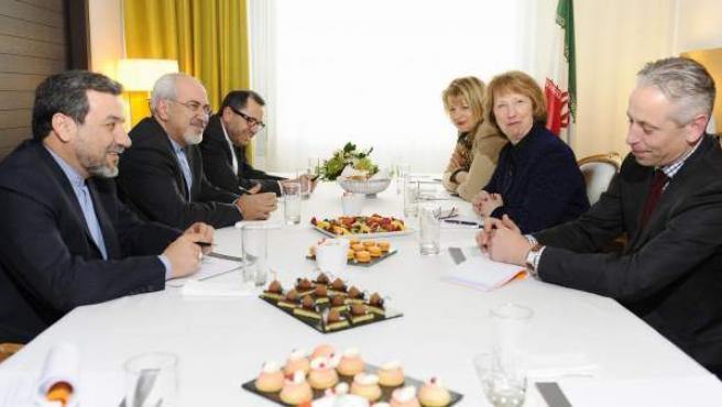 Imagen cedida por la Comisión Europea de la reunión diplomática sobre el programa nuclear iraní.