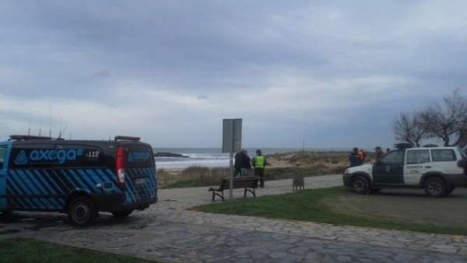 Operativo de búsqueda de desaparecidos arrastrados por el mar en Valdoviño.