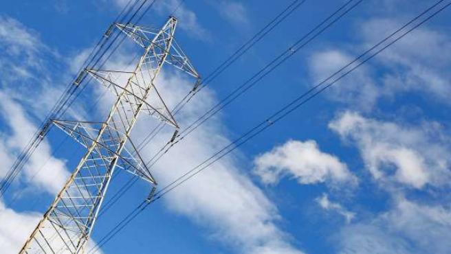 Imagen de una torre de alta tensión.