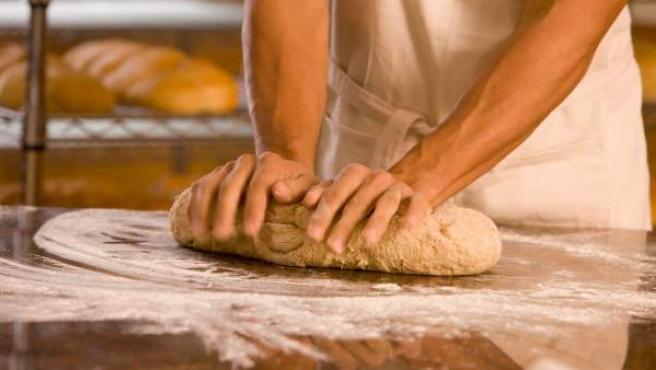 Detienen a un repartidor de pan a domicilio que robaba joyas a sus clientes.