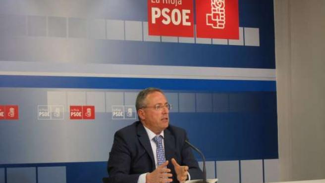 Francisco Martínez-Aldama, en la rueda de prensa