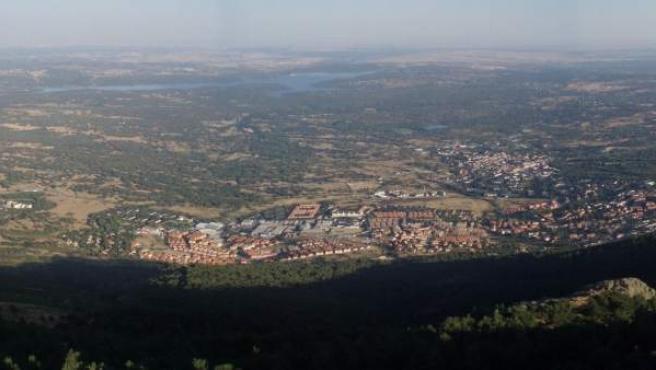 Vista de El Escorial desde el Monte Abantos, uno de los montes de utilidad pública de la Comunidad de Madrid.