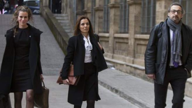 Los inspectores de Hacienda que escrutaron la actividad económica de la infanta Cristina a través de su empresa Aizoon llegan a los juzgados de instrucción de Palma de Mallorca.