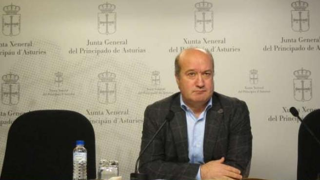 Luis Venta diputado del PP en la JGPA