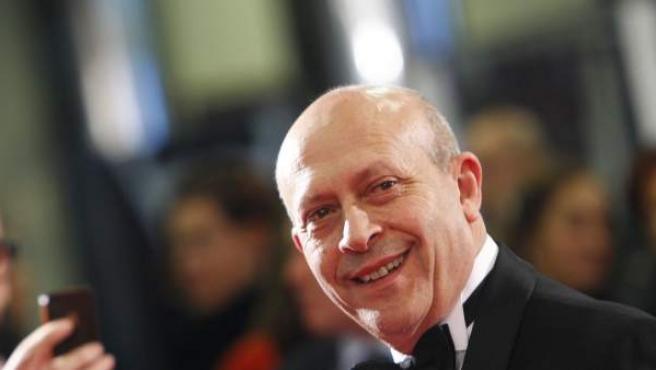 El ministro de Educación, José Ignacio Wert, no se pierde la entrega de los premios Goya 2013. Más información de los galardones del cine español.