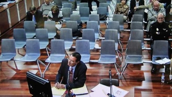 Julián Muñoz declara durante el juicio por el caso 'Malaya'.