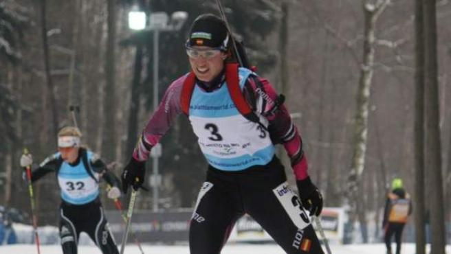 La biatleta granadina Victoria Padial, en acción durante una de las pruebas de los Europeos de Nove Mesto en los que logró dos medallas de plata.