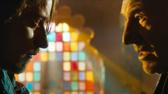 Charles Xavier, en su versión joven y adulta cara a cara, en 'X-Men Días del Futuro Pasado'.