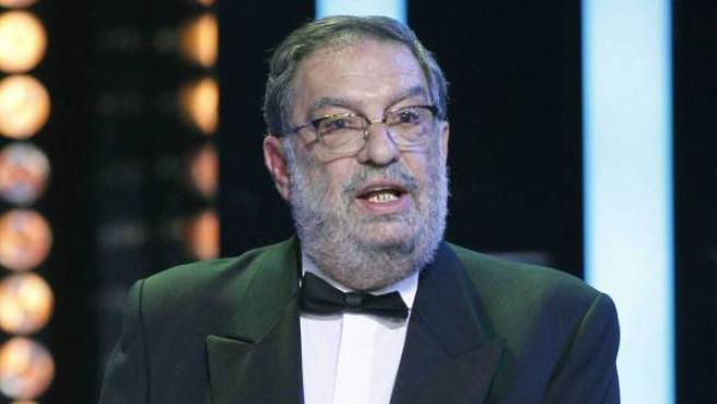 El presidente de la Academia de Cine, Enrique González Macho, pronuncia unas palabras durante la gala de entrega de los 28 premios Goya, esta noche en Hotel Auditorium de Madrid.