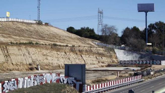 Obras paralizadas del tren a Navalcarnero, junto a la autovía de Extremadura (A-5).
