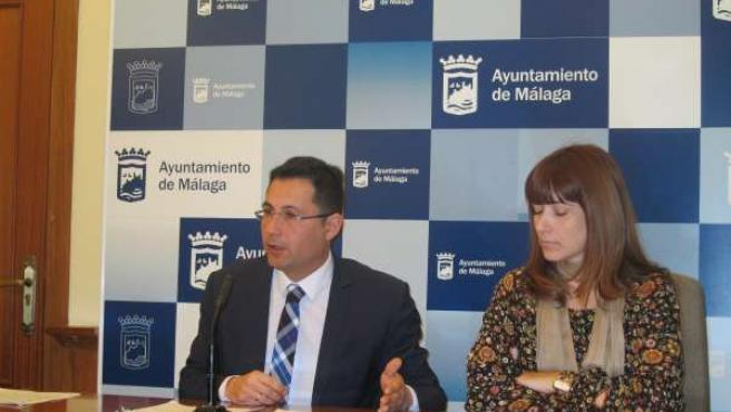 Francisco Pomares y Ruth Sarabia en rueda de prensa