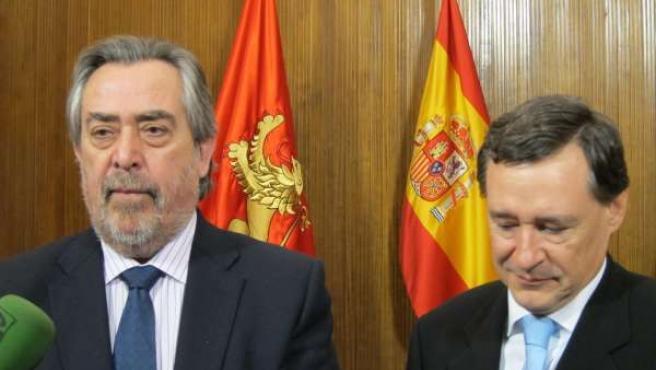 El alcalde de Zaragoza, Juan Alberto Belloch, y presidente de Agbar, Ángel Simón