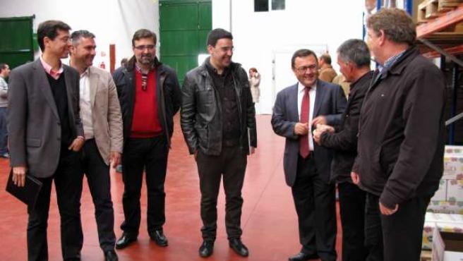 Mario Jiménez y Miguel Angel Heredia visita cooperativa pasa de málaga