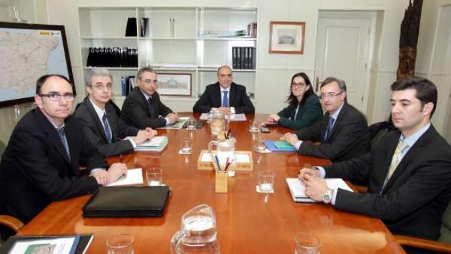 Reunión de Ruiz Salmón y García Carmona en Fomento