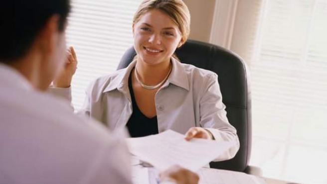 La representación de las mujeres en las empresas españolas aún no se corresponde a su formación.