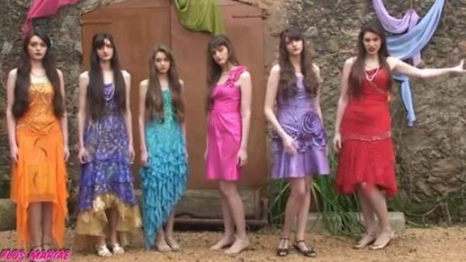 Imagen del grupo Flos Mariae, el último fenómeno musical que triunfa en Internet.