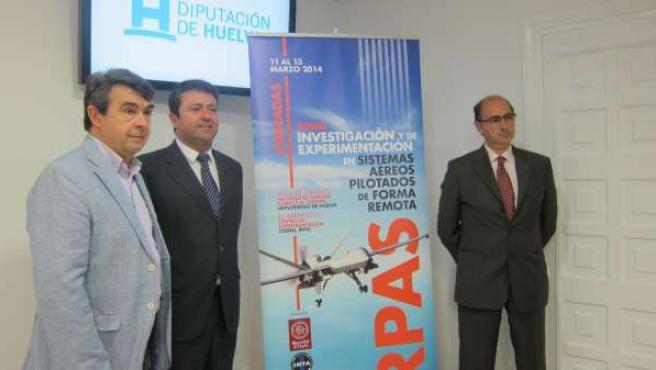 El diputado José Martín presenta jornada del CEUS en Huelva.