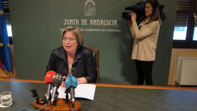 La delegada de Comercio de la Junta, Marisantos Córdoba