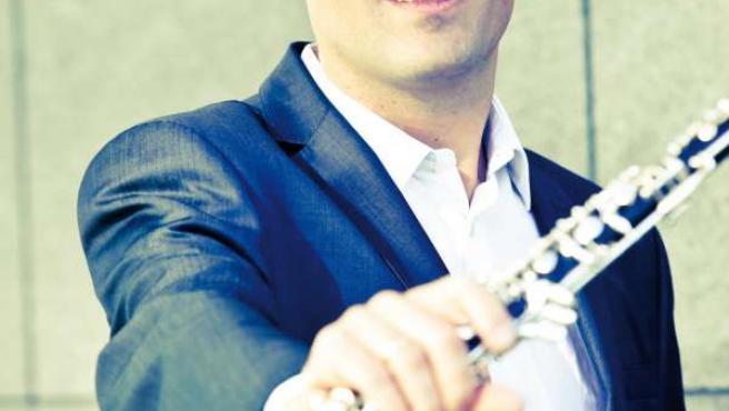 El oboe solista de la OSCyL, Sebastián Gimeno