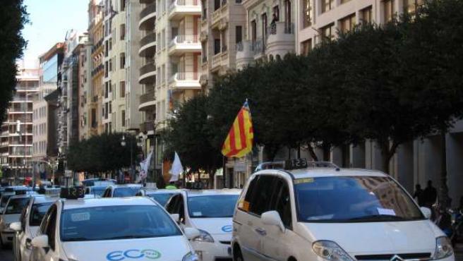 Manifestación de taxis en Valencia