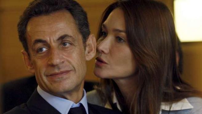 Carla Bruni y Nicolás Sarkozy, en una imagen de archivo.
