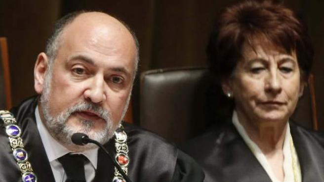El presidente del Tribunal Constitucional, Francisco Pérez de los Cobos, durante el acto de toma de posesión del nuevo magistrado del TC Ricardo Enríquez Sancho.