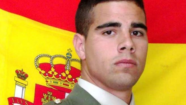 Fotografía facilitada por el Ministerio de Defensa del soldado español Carlos Martínez Gutiérrez, de 25 años, natural de Badajoz, que ha fallecido en Sidón (Líbano).